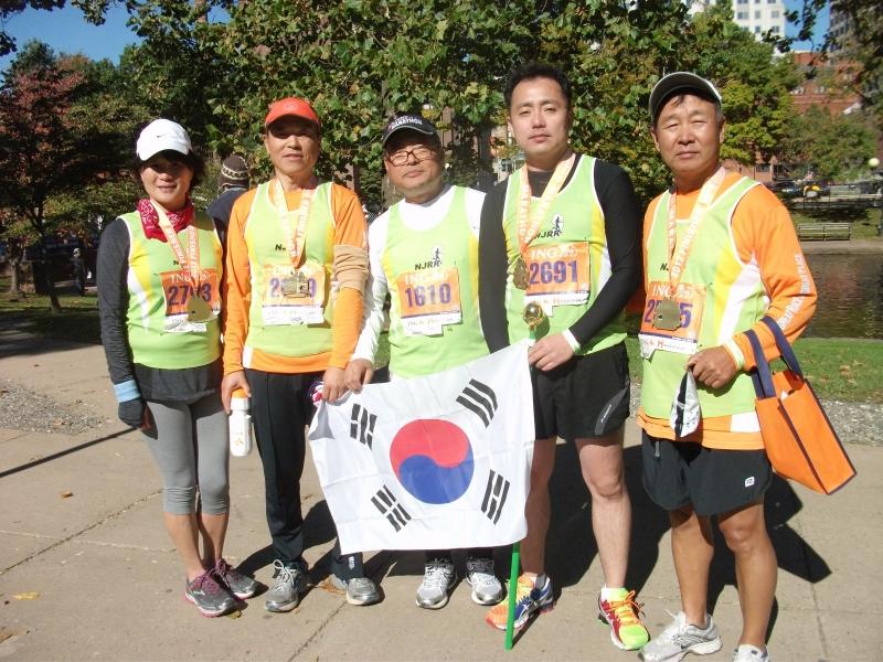2012 10 13 Hartford Marathon 018.JPG