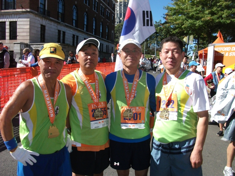 2012 10 13 Hartford Marathon 009.JPG