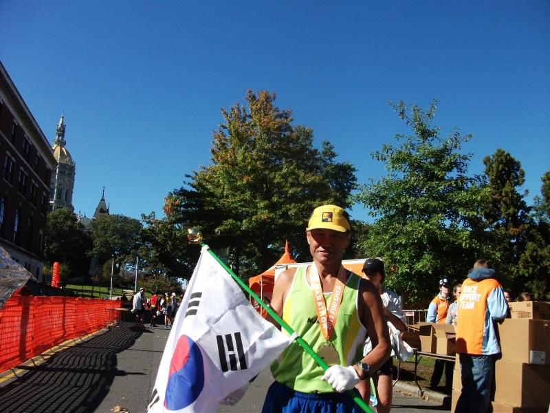 2012 10 13 Hartford Marathon 012.JPG